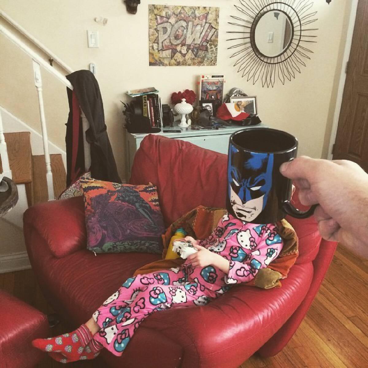 คุณพ่อสุดครีเอท ! แปลงร่างลูกสุดที่รักให้กลายเป็นซุปเปอร์ฮีโร่ด้วยแก้วกาแฟ