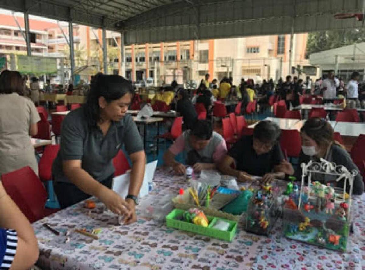คบเด็กสร้างโรงพยาบาล