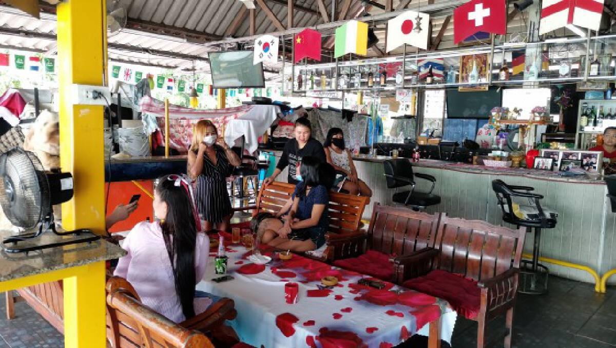 เจ้าของบาร์เบียร์พัทยาวอนรัฐใกล้อดตายขอเปิดร้านขายคนไทยก่อน