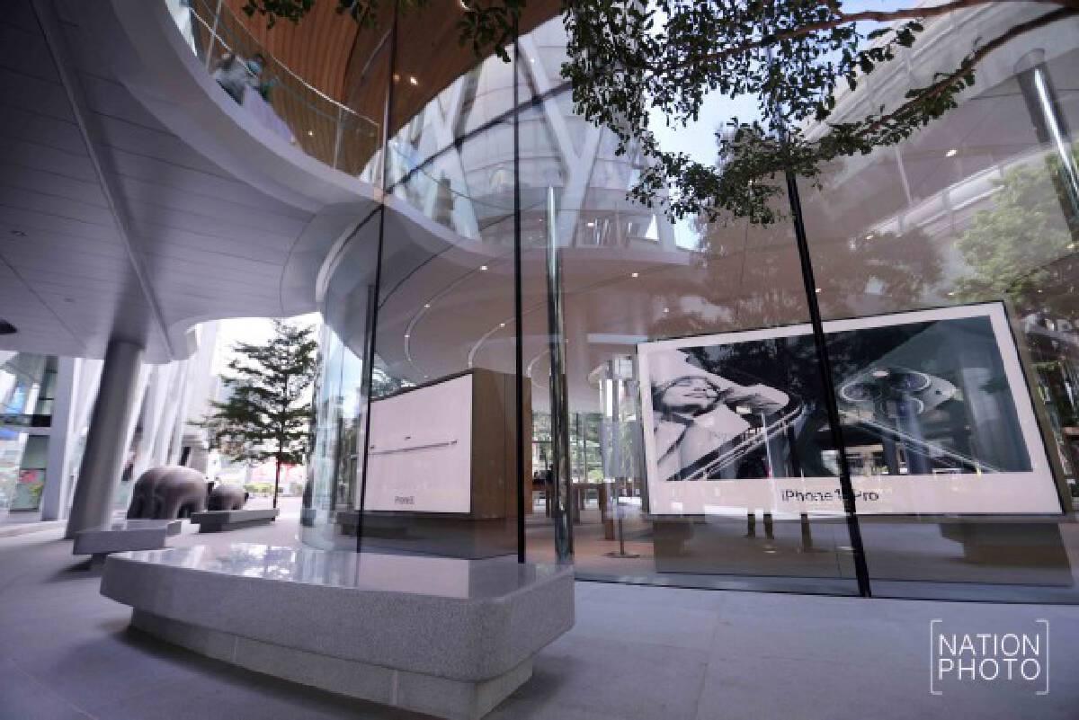 Apple เผยโฉม Apple Central World ร้านค้าปลีกที่ใหญ่ที่สุดในประเทศไทย