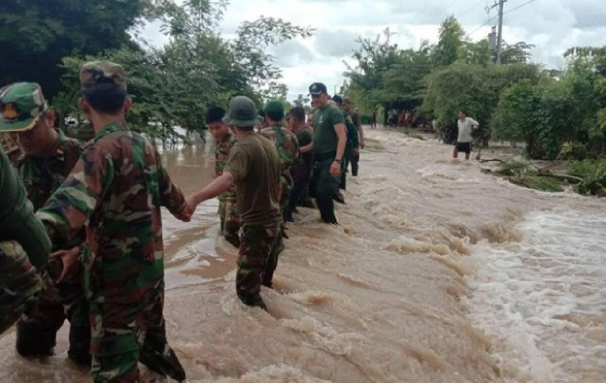 """น้ำท่วม """"กัมพูชา"""" คร่า 11 ชีวิต จมน้ำ-ฟ้าผ่า"""