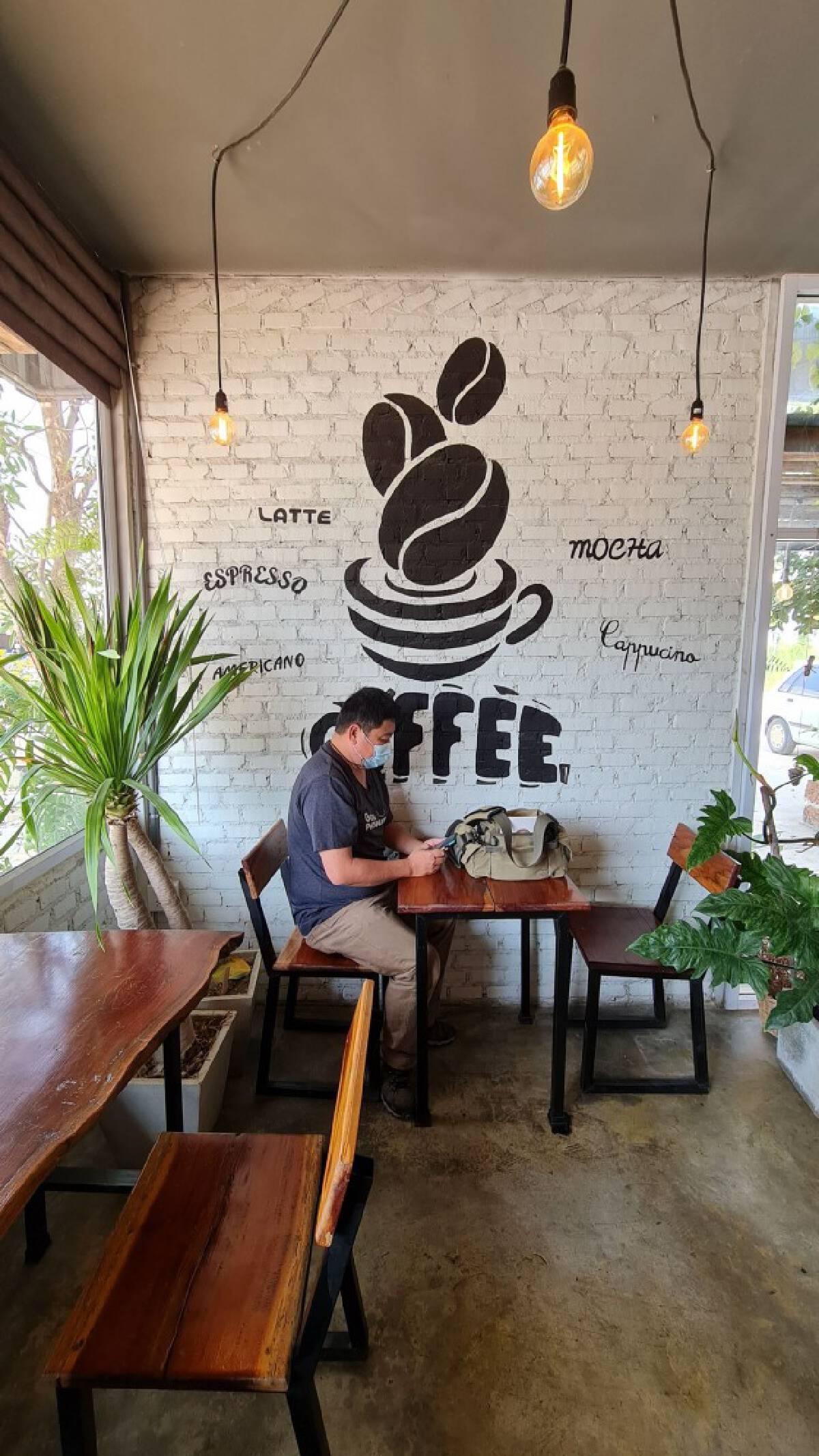 อดีตสาวแบงค์เปิดร้านกาแฟ-ผักอินทรีย์เอาใจสายสุขภาพ