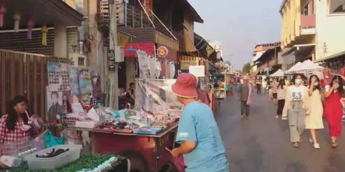 """""""ถนนคนเดิน-ตลาดนัด""""เข้มโควิดเปิดให้บริการแล้ว"""