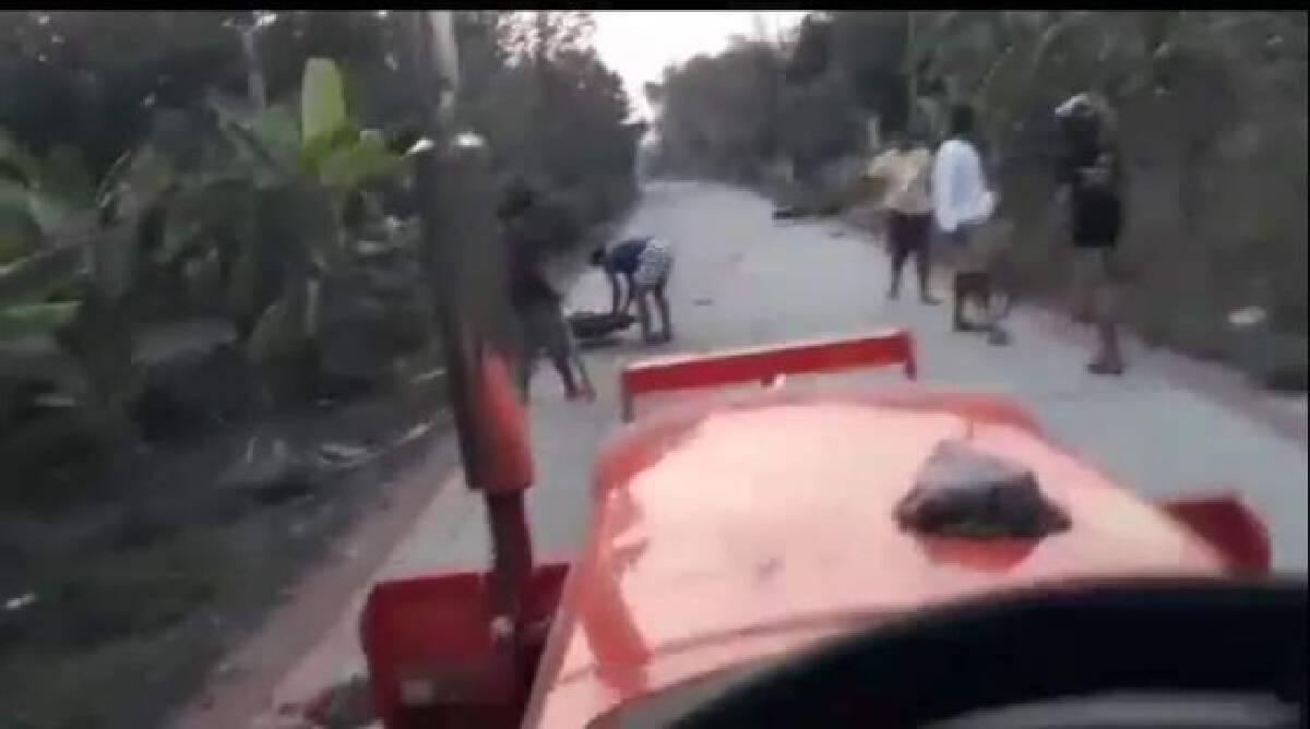 โจ๋เปิดศึกกลางหมู่บ้านไล่ยิงปาระเบิดชาวบ้านวิ่งหนีตายกันวุ่น