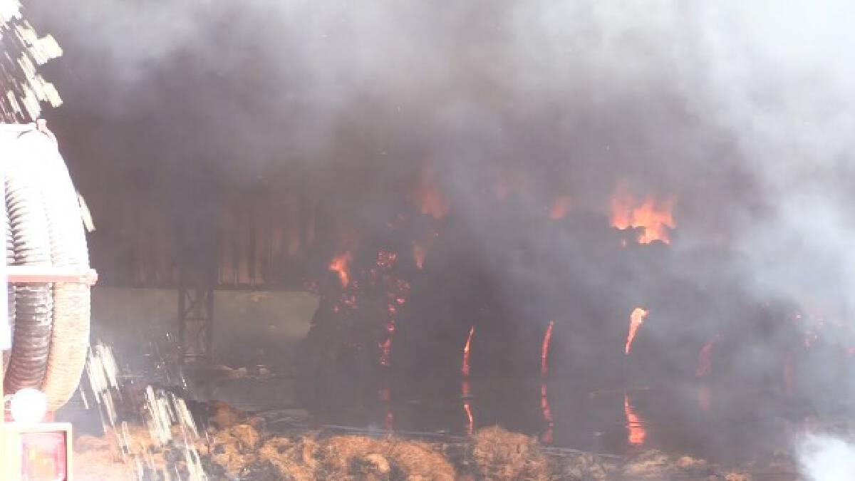 ไฟไหม้โรงงานใยมะพร้าววอดนับสิบล้าน