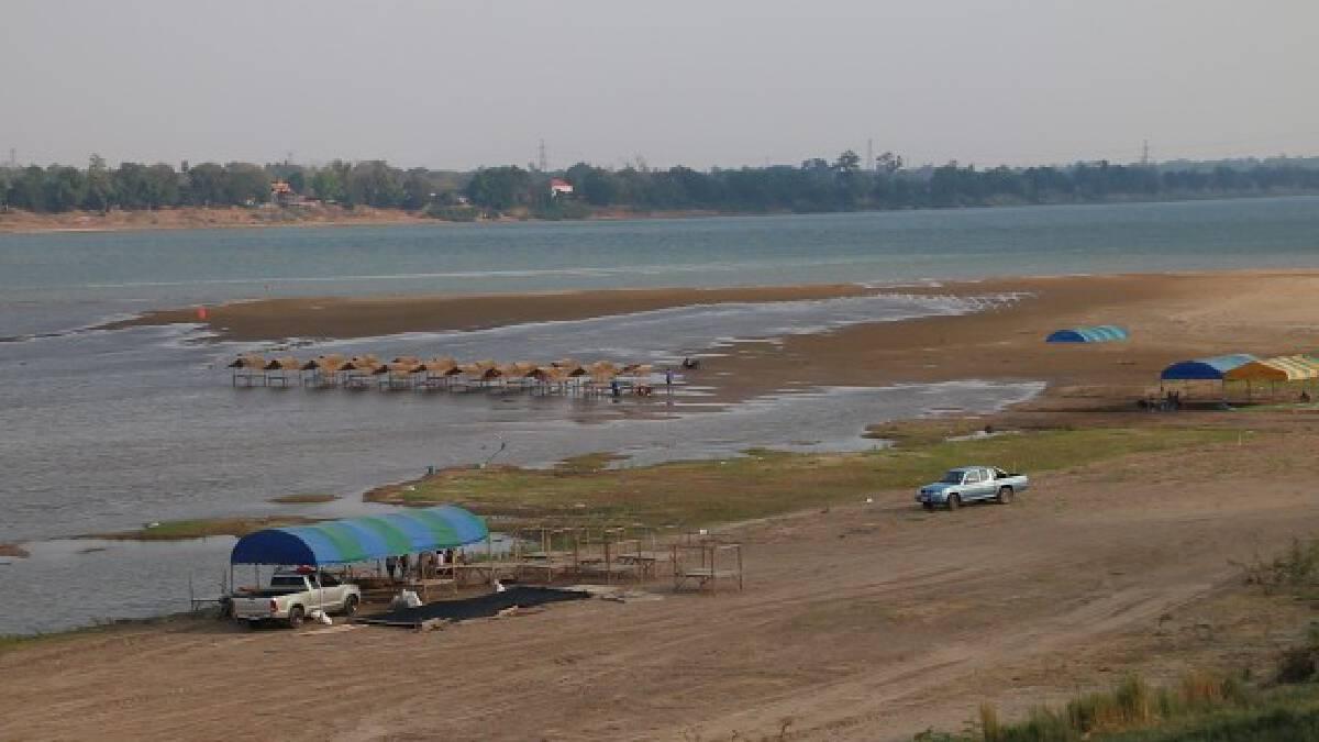 เตรียมเปิดหาดมโนภิรมย์รับนักท่องเที่ยวเล่นน้ำคลายร้อน