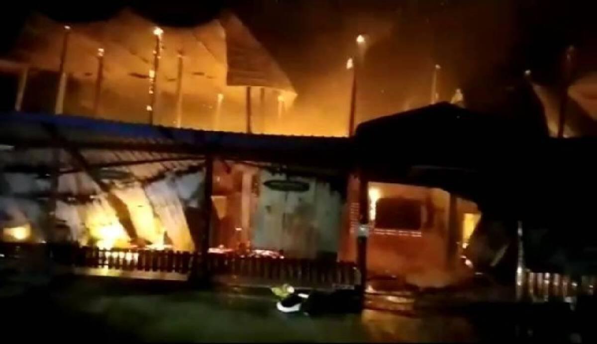 ไฟไหม้อาคารเรียนรร.บ้านหนองไม้ยางดำวอด