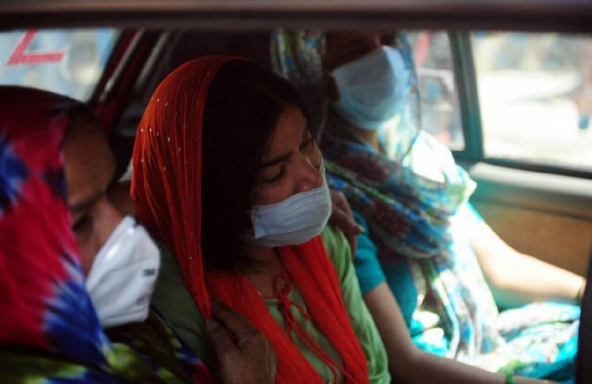 อินเดียชี้ โควิด-19 ระลอกสอง พุ่งสูงสุดกลางพ.ค. คาดป่วยวันละครึ่งล้าน