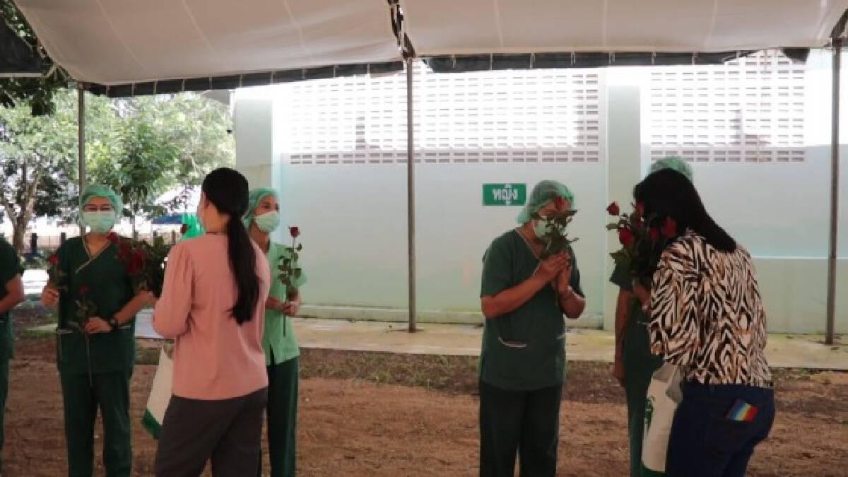 รพ.สนามพังงา ส่งผู้ป่วย 2 รายสุดท้ายกลับบ้าน
