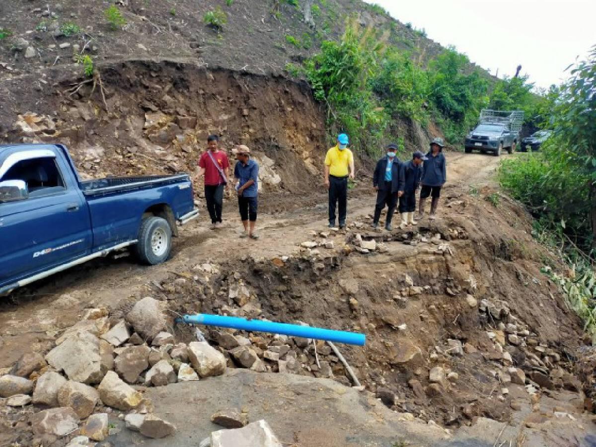 ซ่อมถนนผ่านได้แล้ว-หวั่นฝนตกเสียหายซ้ำ