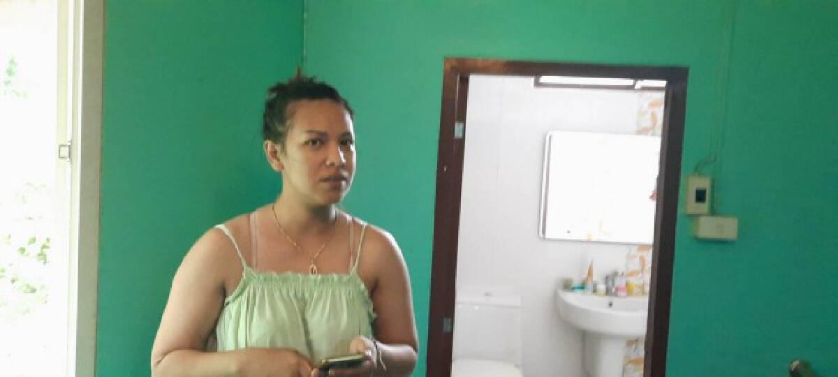 สาวใหญ่ติดในห้องน้ำแจ้ง191ช่วยออกมาได้