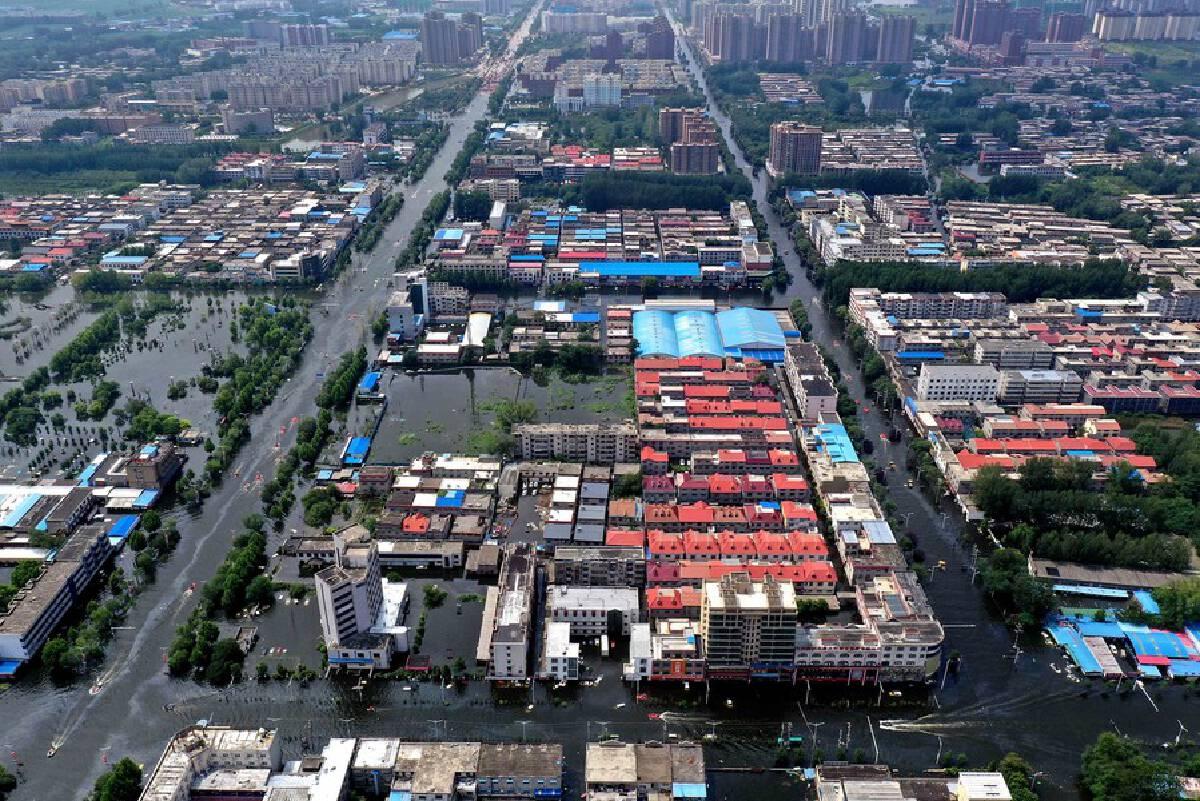 """ยอดดับจากเหตุ""""น้ำท่วมเหอหนาน""""พุ่ง 71 ราย จีนทุ่มงบ 1.5 หมื่นล้านเร่งฟื้นฟู"""