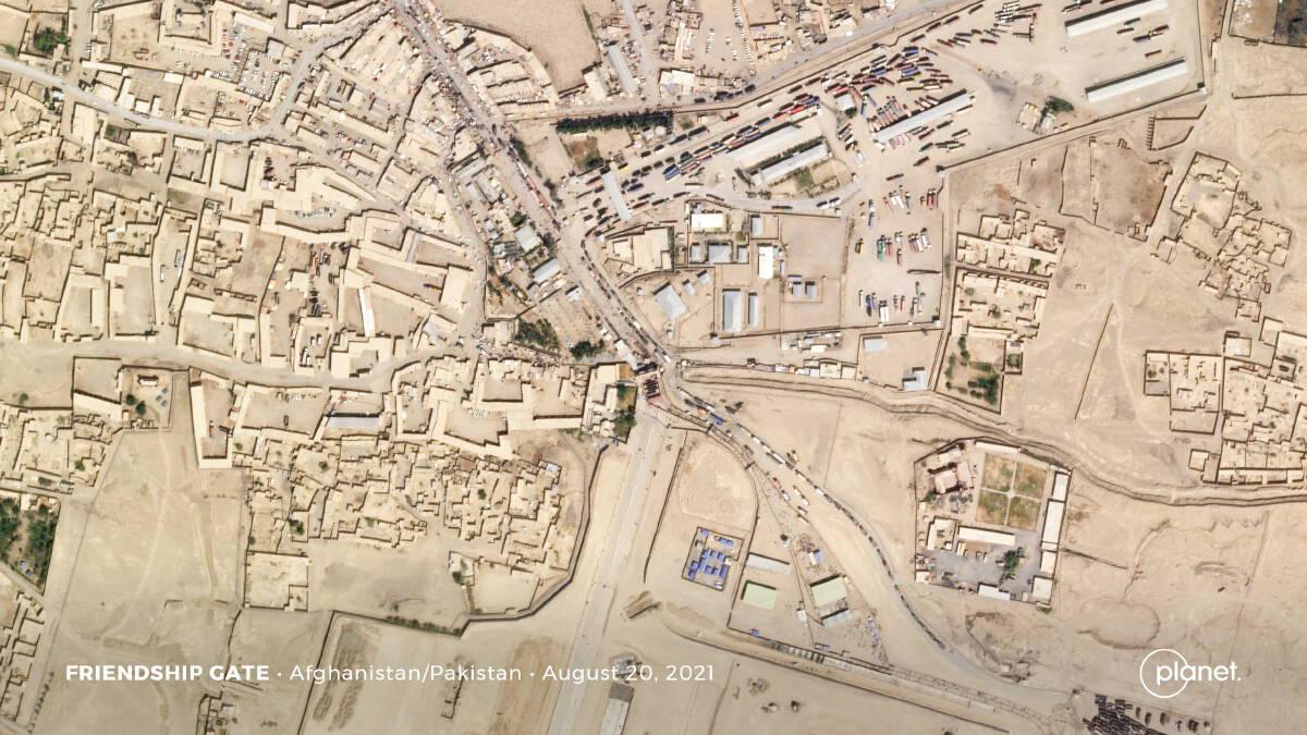 หมดหวังบินไปตะวันตก ชาวอัฟกันแห่อพยพเข้าปากีสถานและอิหร่าน