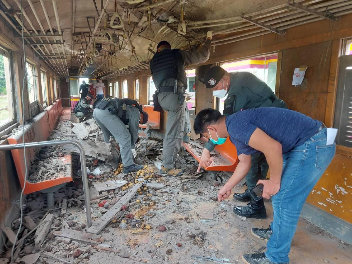 จนท.รอทหารเคลียร์พื้นที่  ซ่อมรางรถไฟถูกวางระเบิด