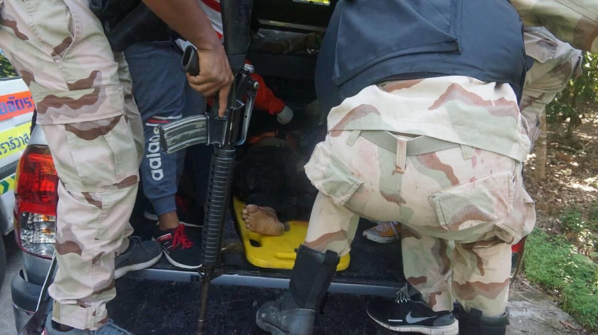 อส.เหยียบกับระเบิดขาขาด คาดคนร้ายดักสังหาร
