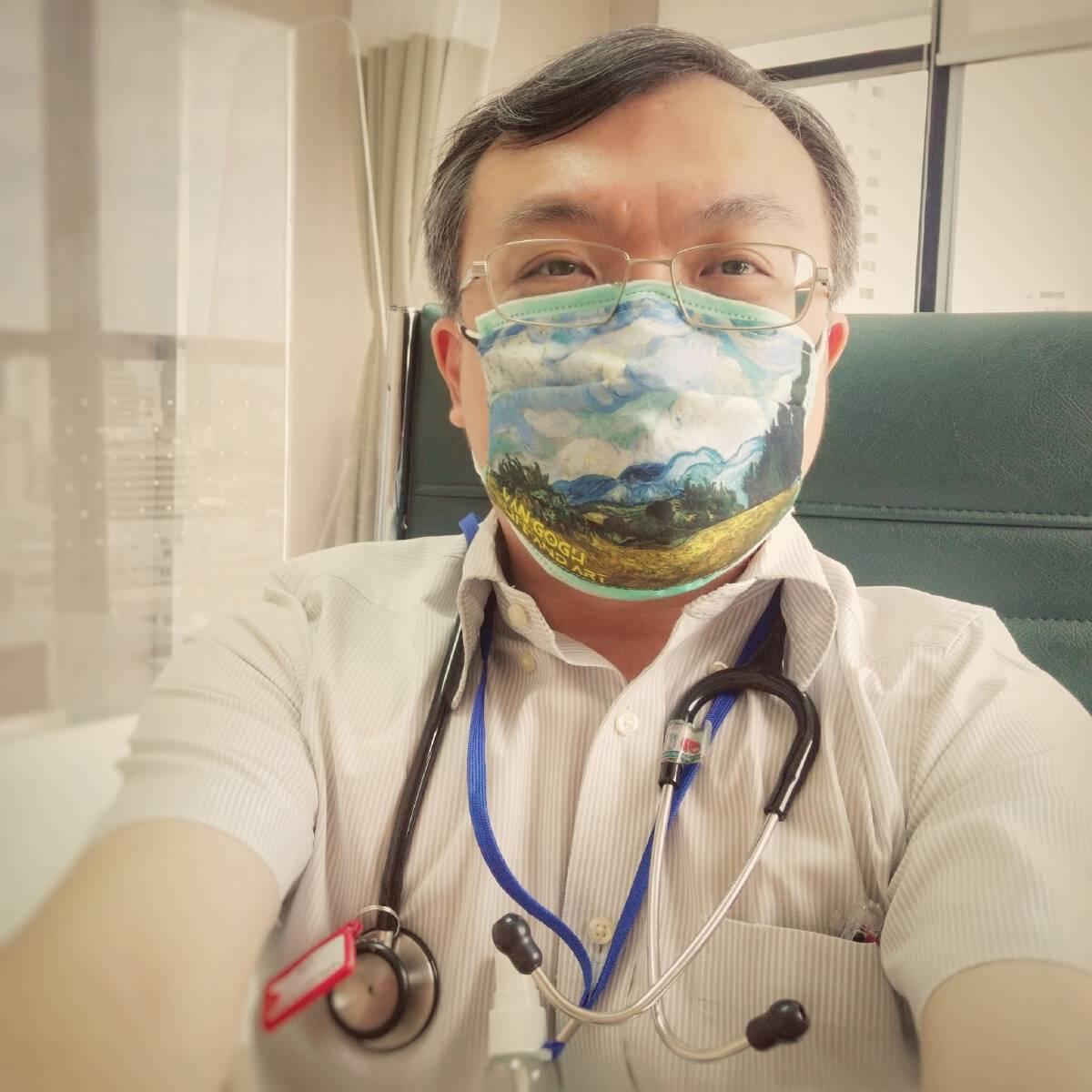 รศ.นพ.ธีระ วรธนารัตน์ คณะแพทยศาสตร์ จุฬาลงกรณ์มหาวิทยาลัย