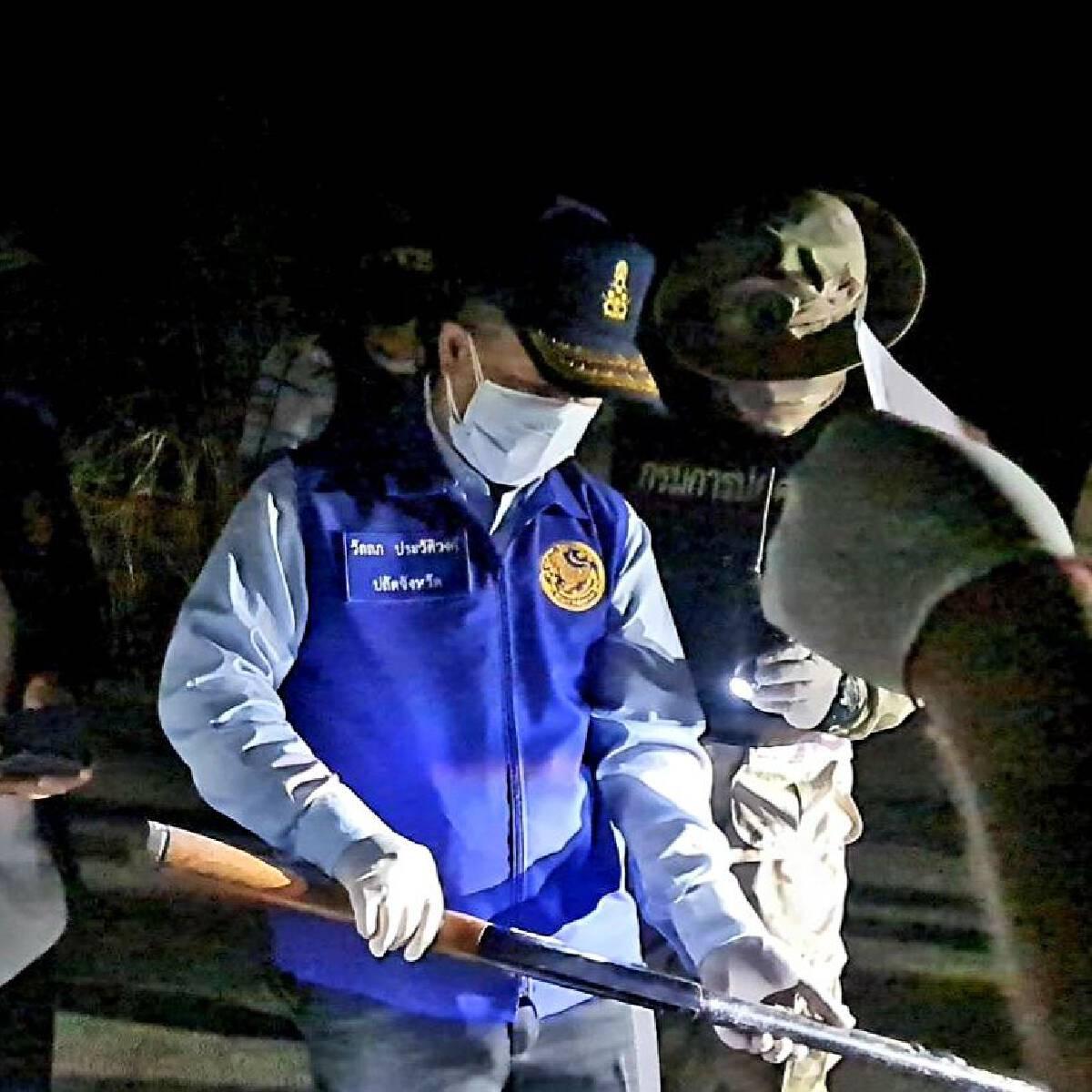 จนมุม ฝ่ายปกครองตามยึดปืน ที่ อส.ขโมยไปขาย 65 กระบอก