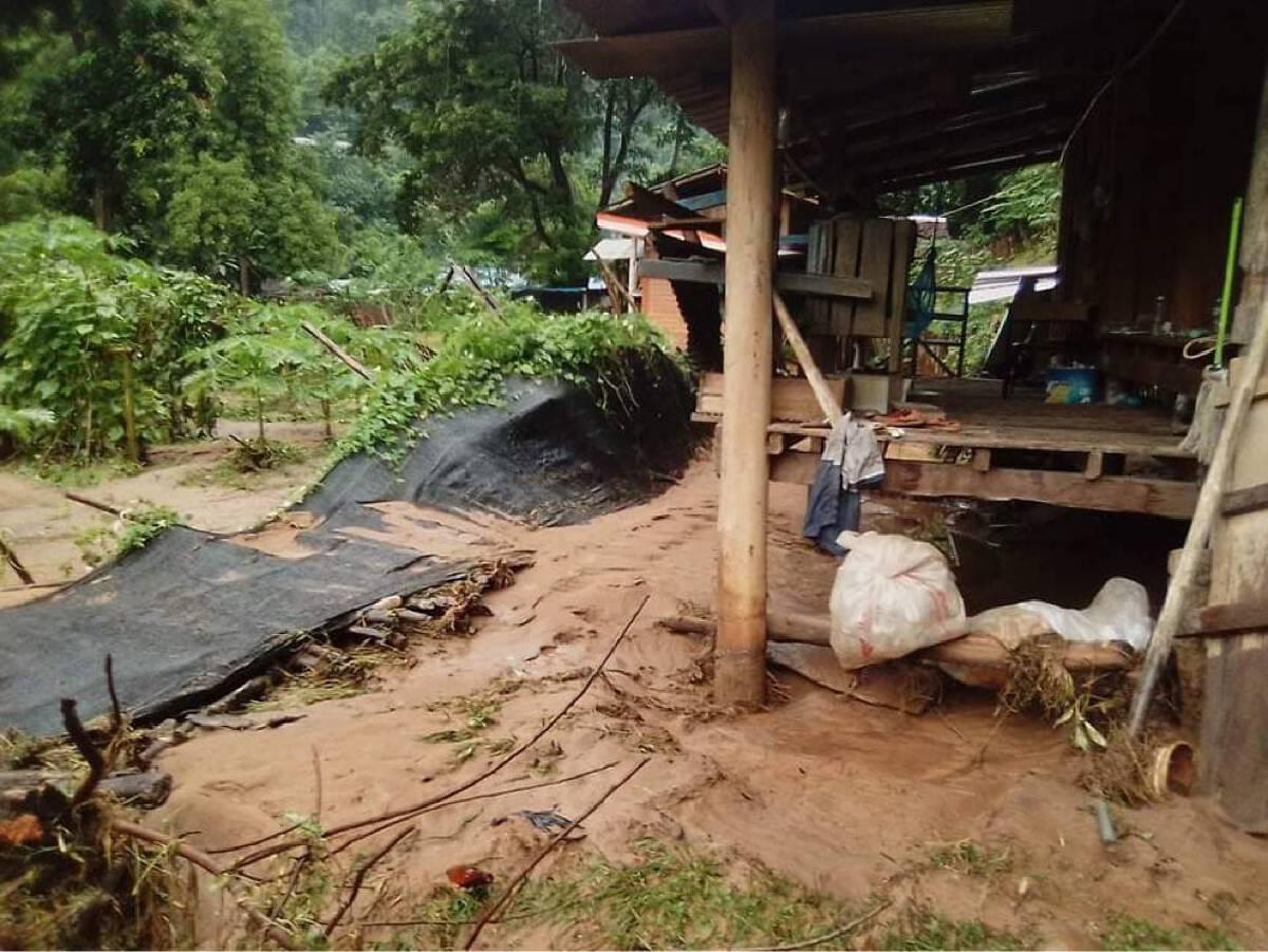 พิษน้ำป่าหลากท่วม-ร.ร.จอสิเดอร์เสียหายหนัก