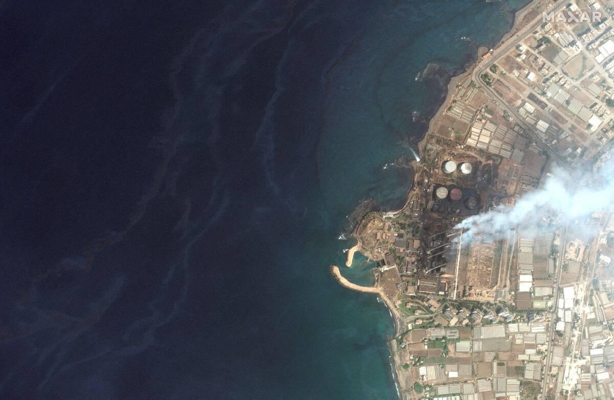 ภาพเหตุการณ์น้ำมันรั่วในซีเรียลงทะเลเมดิเตอร์เรเนี่ยนในปริมาณกว่า 15,000 ตัน