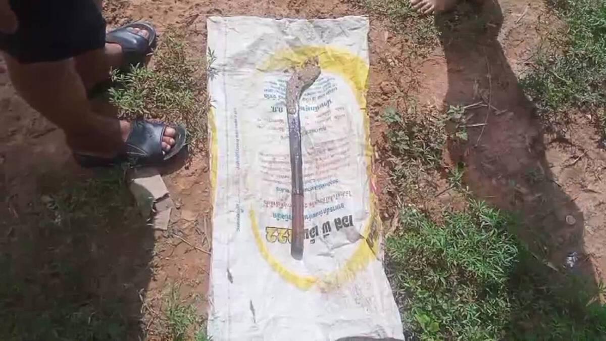 พบแล้วหลักฐานมีดก่อเหตุฆ่าโหดหนุ่ม46ช่างเหล็กดัดบ้านแท่น