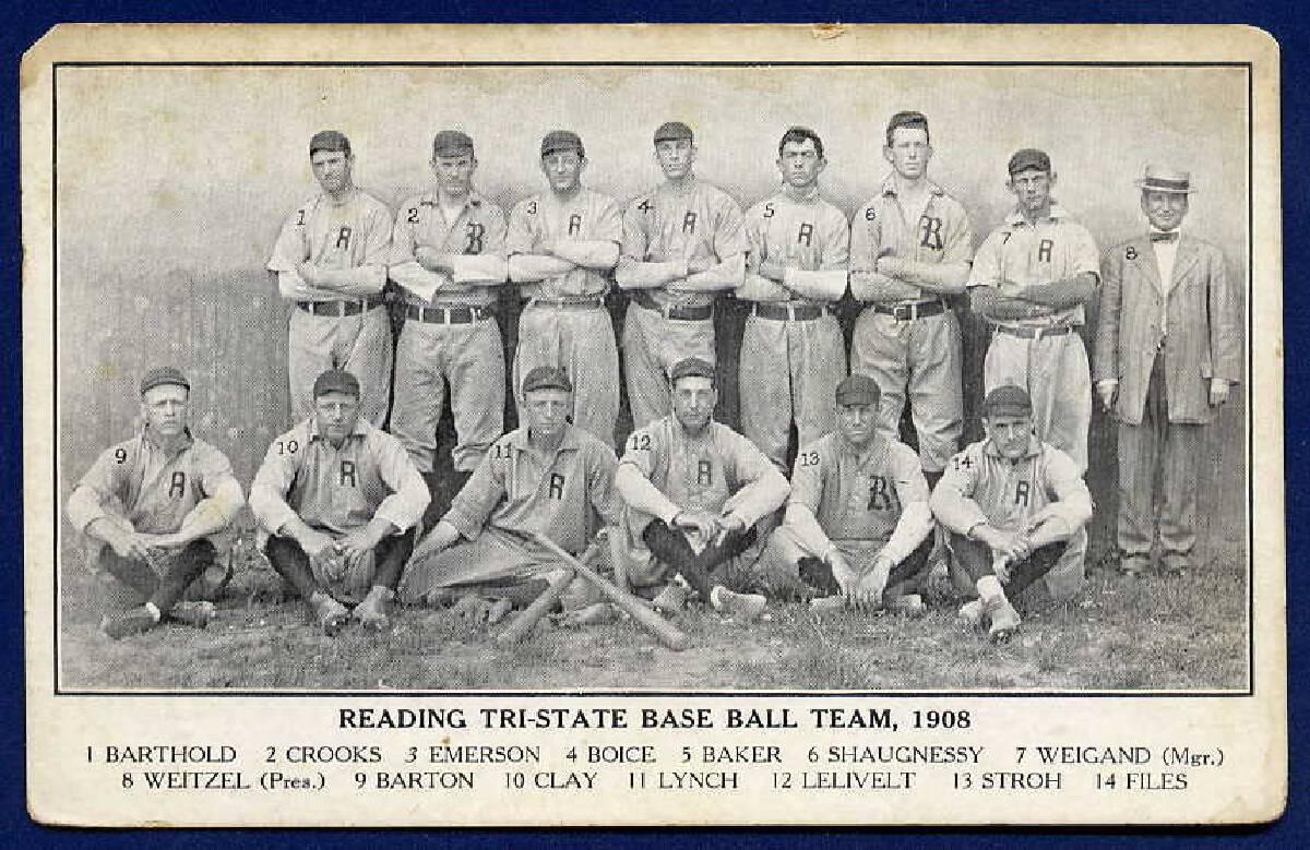 (เบสบอลคือกีฬาประเภทแรก ๆ ที่นำระบบหมายเลขเสื้อมาใช้ - ภาพจาก vintageballs.com)