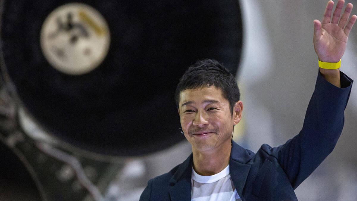Yusaku Maezawa มหาเศรษฐีชาวญี่ปุ่น ผู้มีกำหนดการทัวร์รอบดวงจันทร์ ในปี ค.ศ.2023