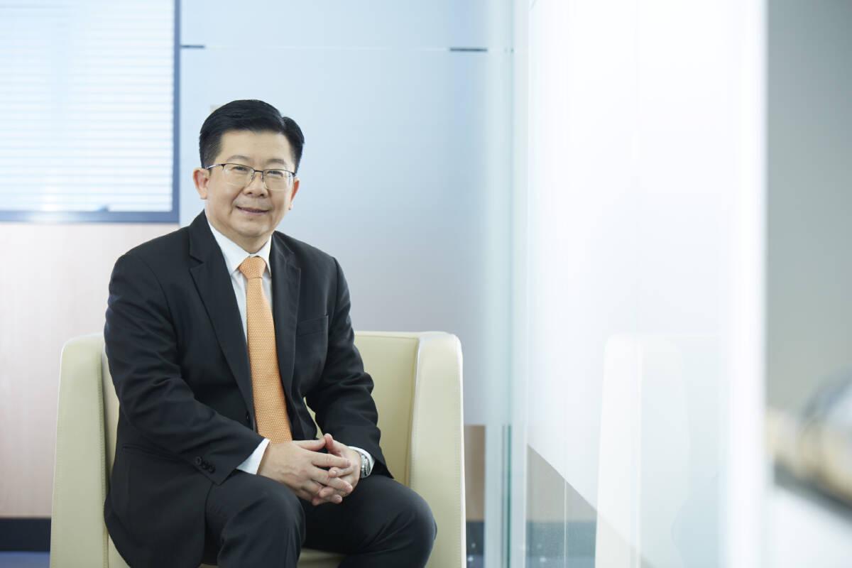 ดร.วิชัย วิรัตกพันธ์ ผู้ตรวจการธนาคารอาคารสงเคราะห์ และรักษาการผู้อำนวยการศูนย์ข้อมูลอสังหาริมทรัพย์ (REIC)