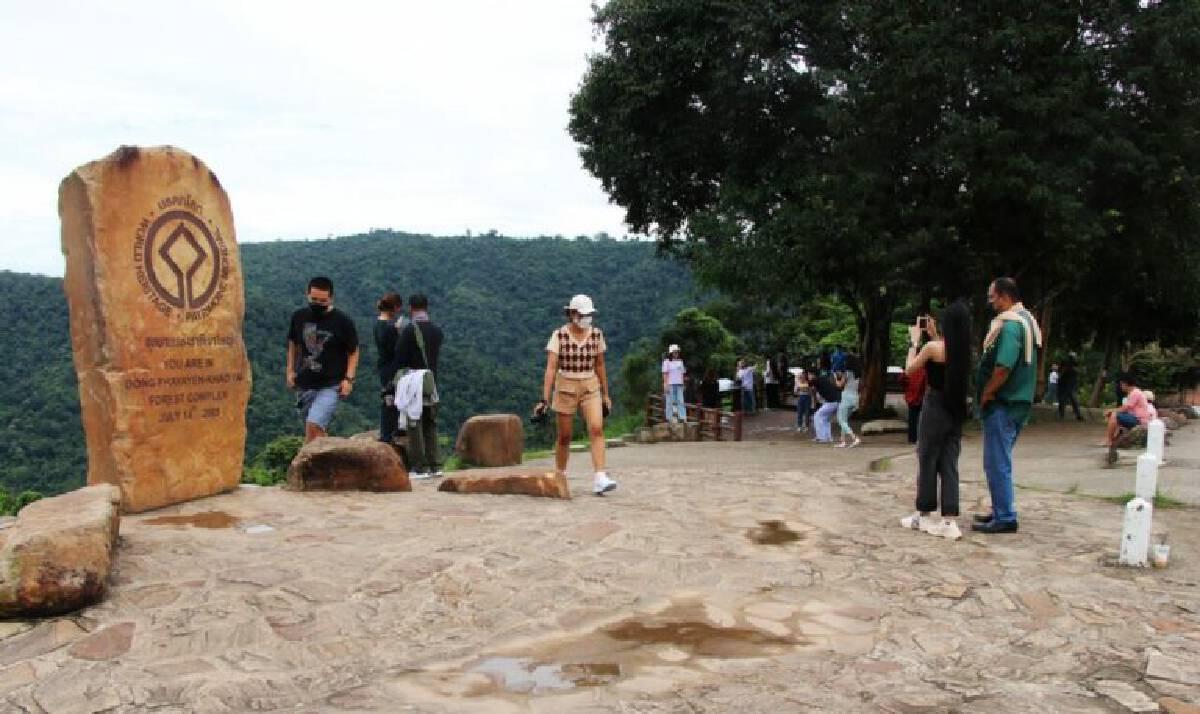 คนนับหมื่นแห่เที่ยวอุทยานแห่งชาติเขาใหญ่สุดสัปดาห์ทุบสถิติทุกปี
