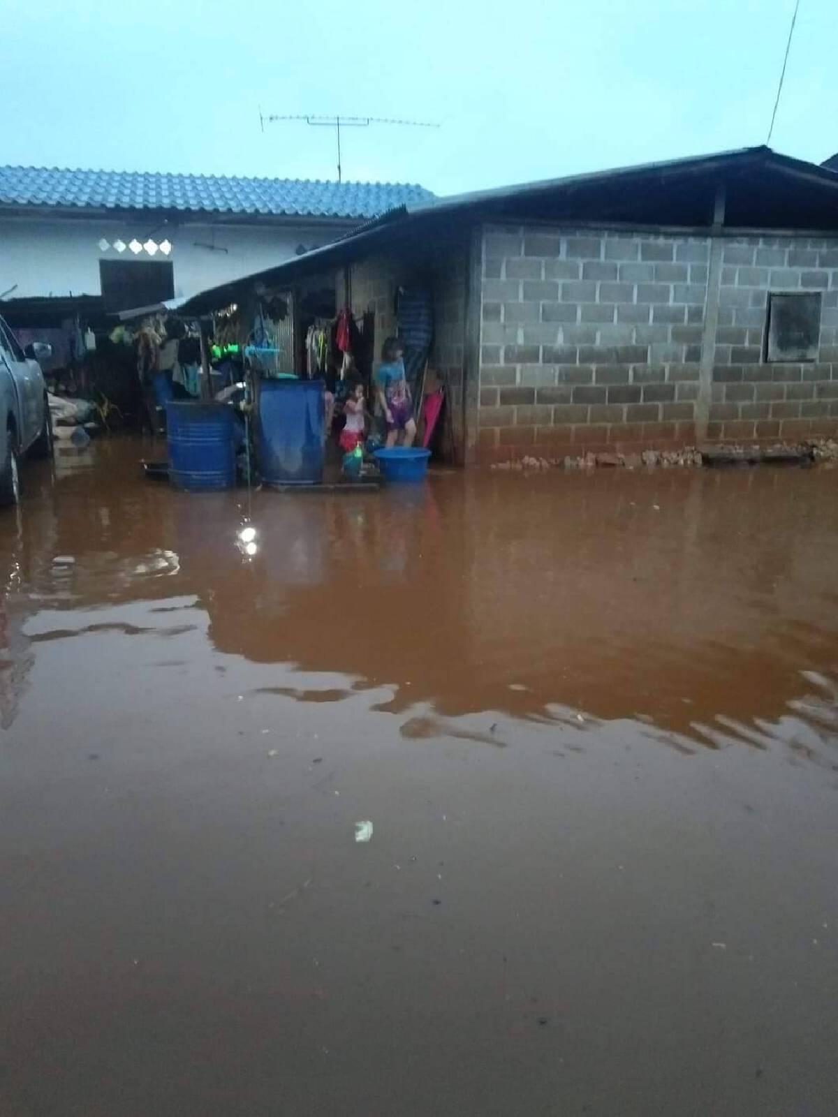 ชาวบ้านใหม่คีรีราษฎร์บ่นอุบ-น้ำท่วมซ้ำซาก