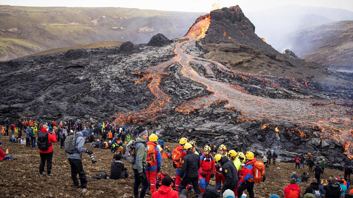 นักท่องเที่ยวแห่ชมภูเขาไฟ Fagradalsfjall