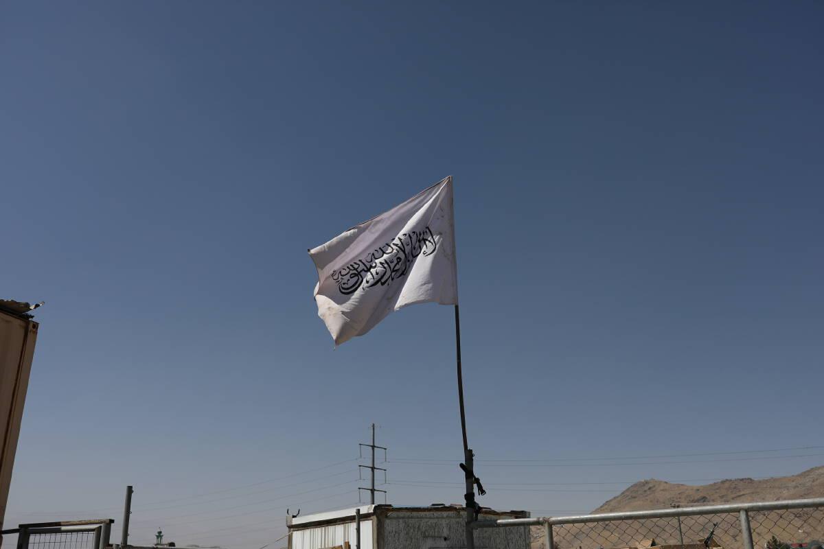 ธงตาลีบัน ขายดิบขายดี สมาชิกสั่งทำฉลองตำแหน่ง