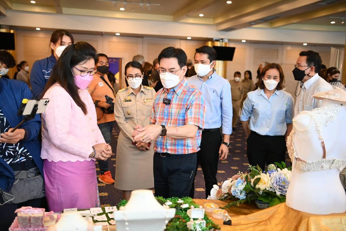 จุรินทร์ นำ Phuket Gems Fest ช่วยประเทศ ทำรายได้ด้านอัญมณี เน้น 4 ยุทธศาสตร์ ร่วมมือกันทุกฝ่าย