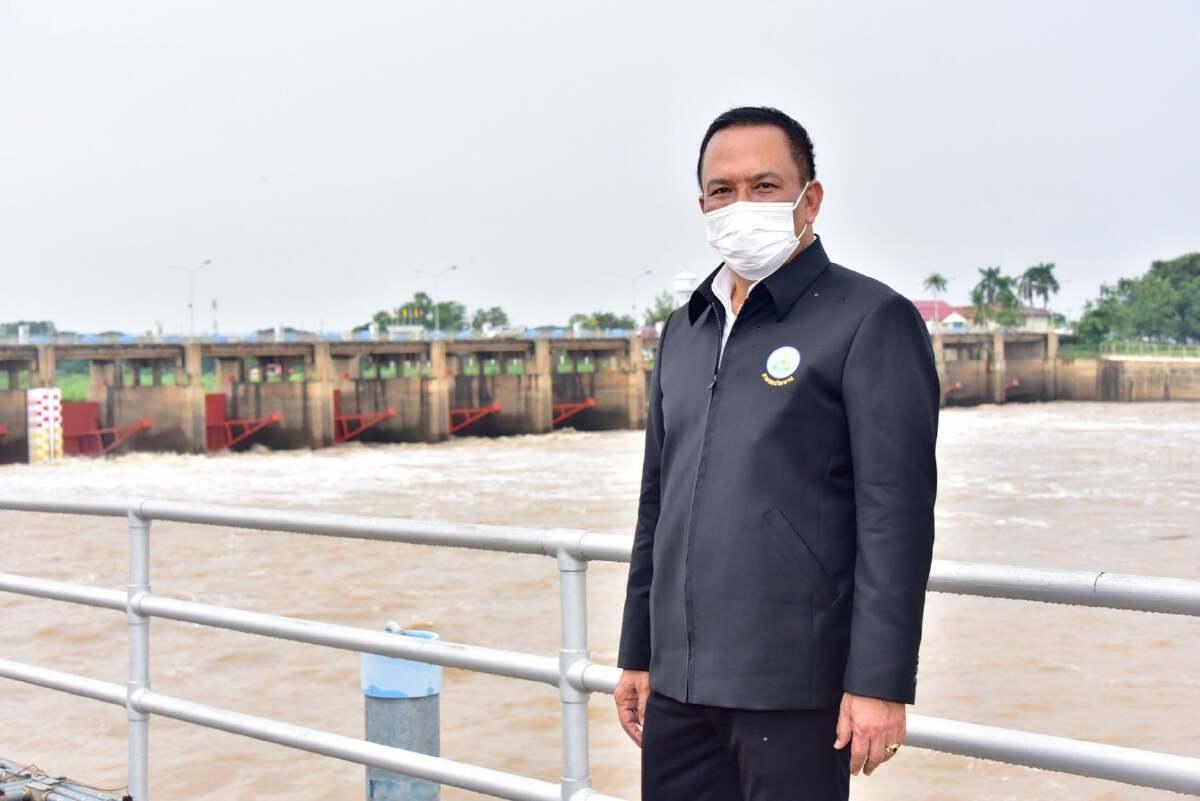 ชลประทานจับมือผู้ว่าฯลพบุรี สั่งเพิ่มเครื่องสูบน้ำเร่งระบายน้ำท่วมขัง