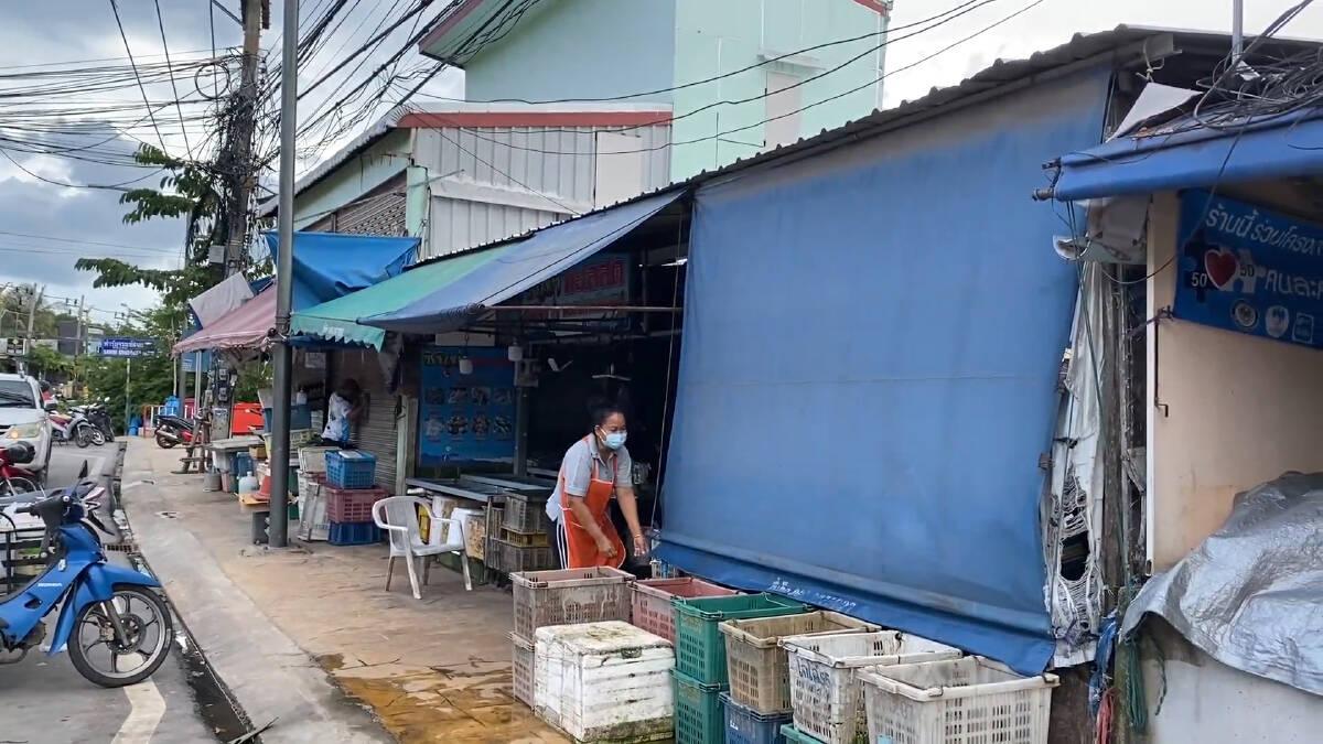 สั่งปิดตลาดเกาะสมุย 14 วัน  หลังพบแม่ค้าติดโควิด 29 ราย