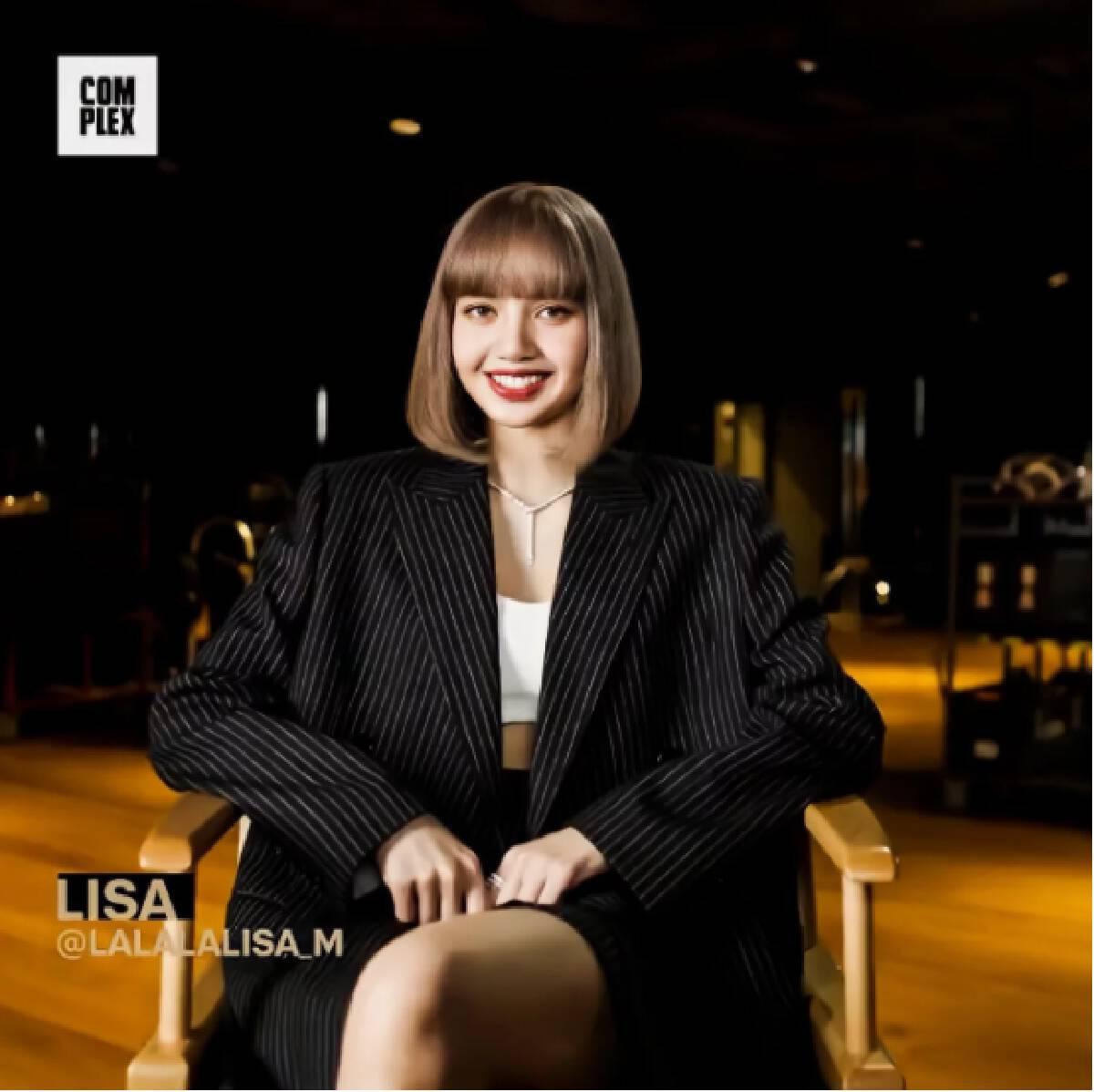 """""""ลิซ่า BLACKPINK"""" หรือ น.ส.ลลิษา มโนบาล ศิลปินสาวชาวไทยชื่อดังระดับโลก"""