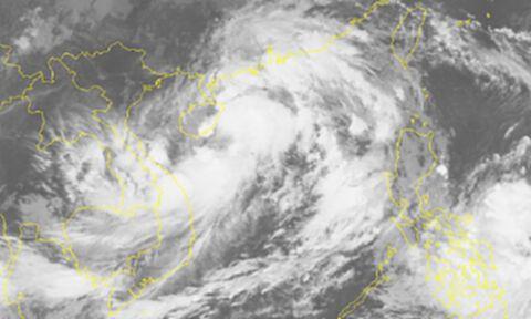 กรมอุตุฯ แจ้งประกาศฉบับ 12 โซนร้อนไลออนร็อก ส่งผลภาคอีสานมีฝนเพิ่ม พรุ่งนี้